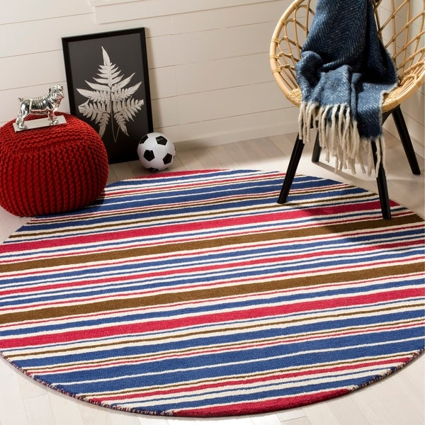 Safavieh Handmade Children's Stripes New Zealand Wool Rug - 6' x 6' Round