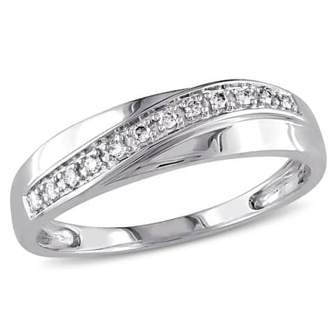 Miadora 10k White Gold 1/10ct TDW Diamond Wedding Band (Choice of Gender)