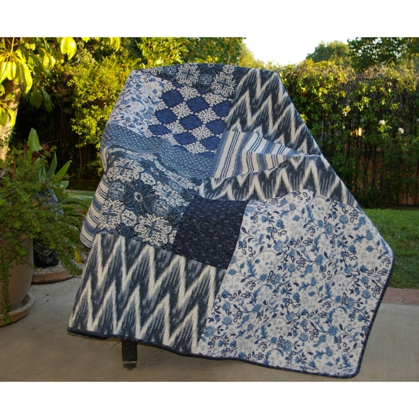 Greenland Home Fashions Santorini Quilted Throw