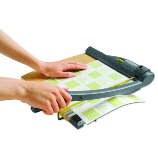 Swingline ClassicCut Laser Trimmer- 15 Sheets-