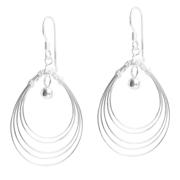 Handmade Trendy Multi Oval Wire Silver Dangle Earrings (Thailand)