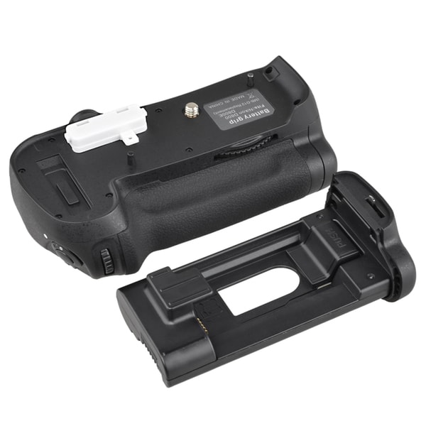 BasAcc Battery Grip with AA/ Li-ion Holders for Nikon D800
