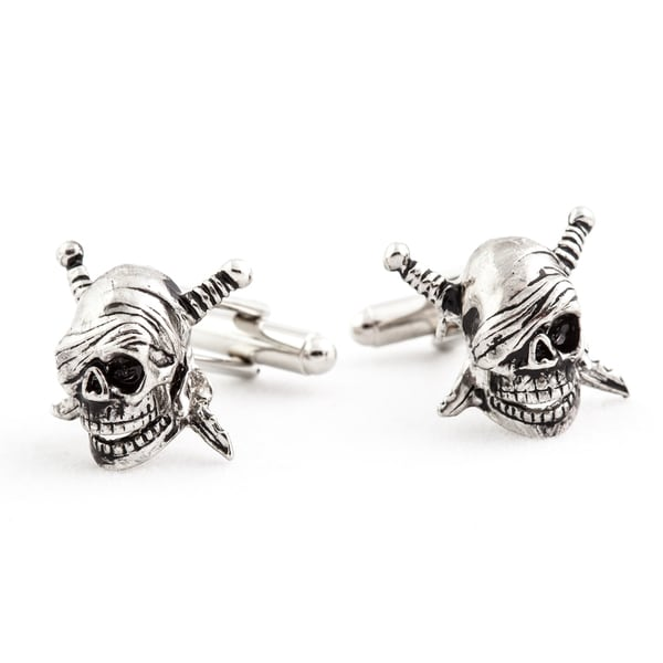 Cuff Daddy Silvertone Skull and Swords Cuff Links