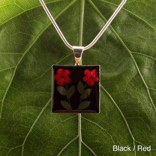 Handmade Silverplated Wild Flowers Square Pendant (Mexico)