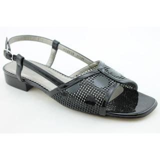 Ros Hommerson Women's 'Madras' Patent Leather Sandals - Narrow (Size 7)