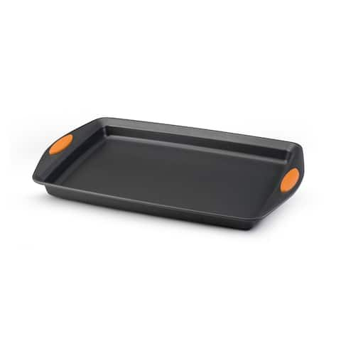 Rachael Ray Bakeware Oven Lovin' Crispy Sheet 11-inch by 17-inch Cookie Pan