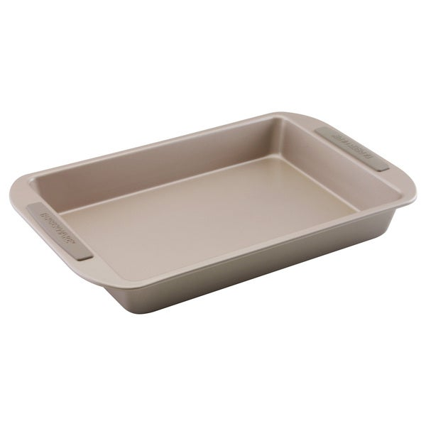 Farberware Soft Touch Bakeware 9-inch x 13-inch Rectangular Cake Pan, Light Brown