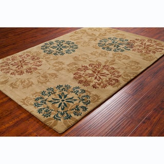 Allie Handmade Floral Gold Wool Rug (5' x 7'6)