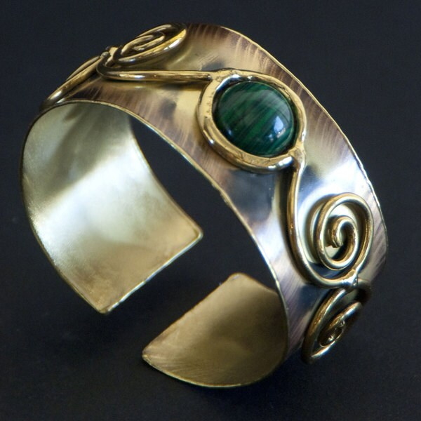 Green Jade Swirl Cuff Bracelet (South Africa)