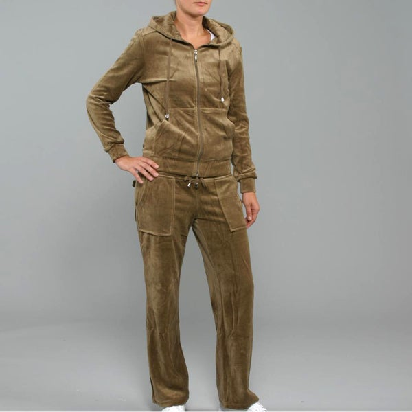 Breezy Women's 2-Piece Velour Track Set in Coffee