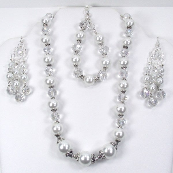 White Pearl and Clear Crystal Jewelry Set