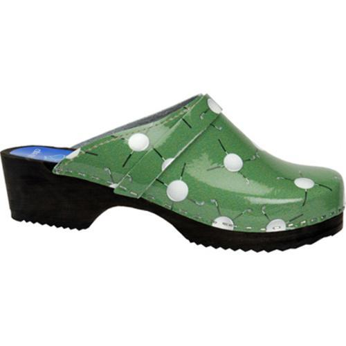 Cape Clogs Golf Green