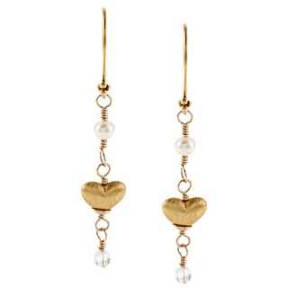 Lola's Jewelry Gold Overlay FW Pearl and Crystal Heart Earrings (4 mm)
