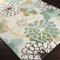 Hand-hooked Farmington Green Area Rug