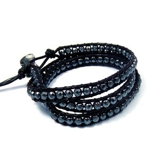 Handmade Midnight Charm Hematite Beads Black Leather Bracelet (Thailand)