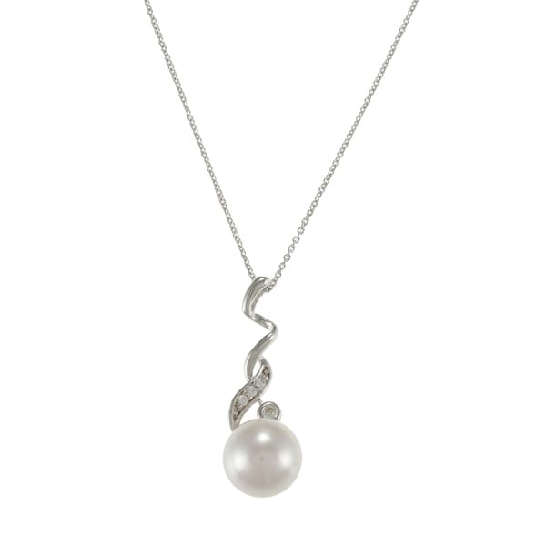 Sterling Silver White Freshwater Pearl and Cubic Zirconia Necklace (10.4 mm)