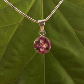 Handmade Sterling Silver Miniature Flowers Round Pendant (Mexico)