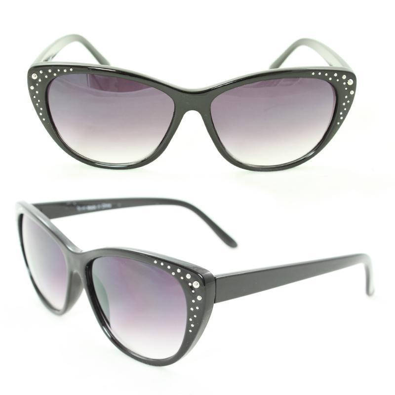 Women's 7071 Black Plastic Cateye Sunglasses