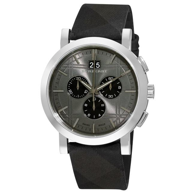 3adf6c9efd0 Shop Burberry Men s  Beat Check Chronograph  Leather Strap Watch - Free  Shipping Today - Overstock - 5955304
