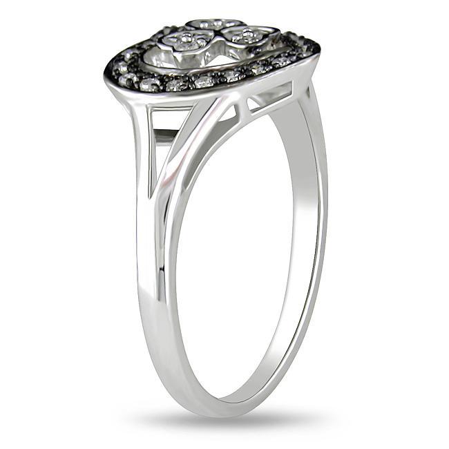 10k White Gold 1/5ct TDW Diamond Heart Ring (G-H, I2-I3)