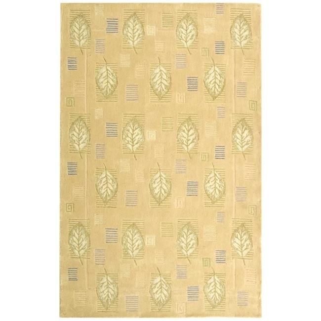 Safavieh Handmade Foliage Beige Wool Rug - 8'3 x 11'