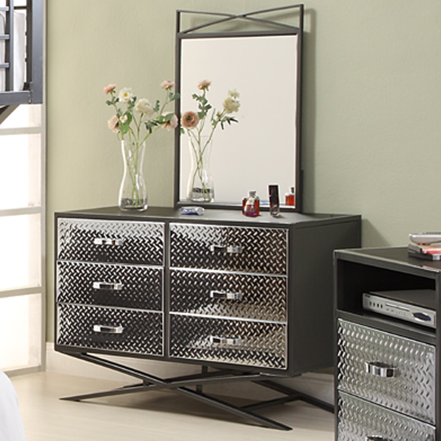 Carter 6-drawer Dresser and Mirror Bedroom Set
