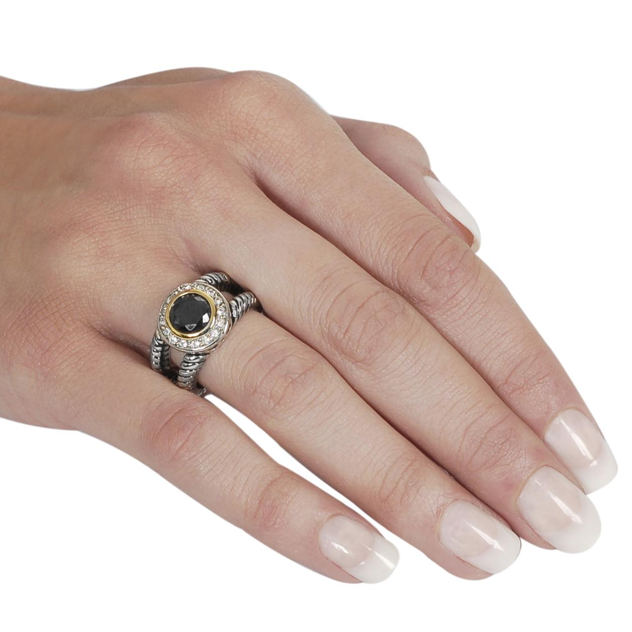 Journee Collection Two-tone Black and White CZ Twist Ring - Thumbnail 2