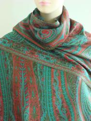 Selection Privee 'Jade' Fuschia Paisley Wool Shawl - Thumbnail 2