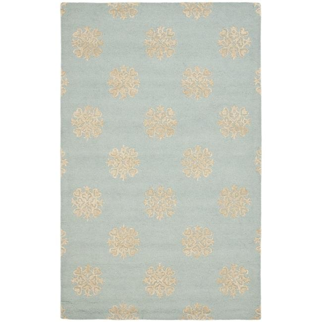 Safavieh Handmade Soho Medallion Light Blue N. Z. Wool Rug - 7'6 x 9'6