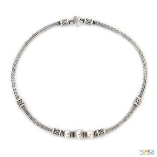 Sterling Silver 'Tribal Dancers' Necklace (Thailand)