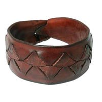 Handmade Leather Men's 'Ayutthaya Brown' Bracelet (Thailand)