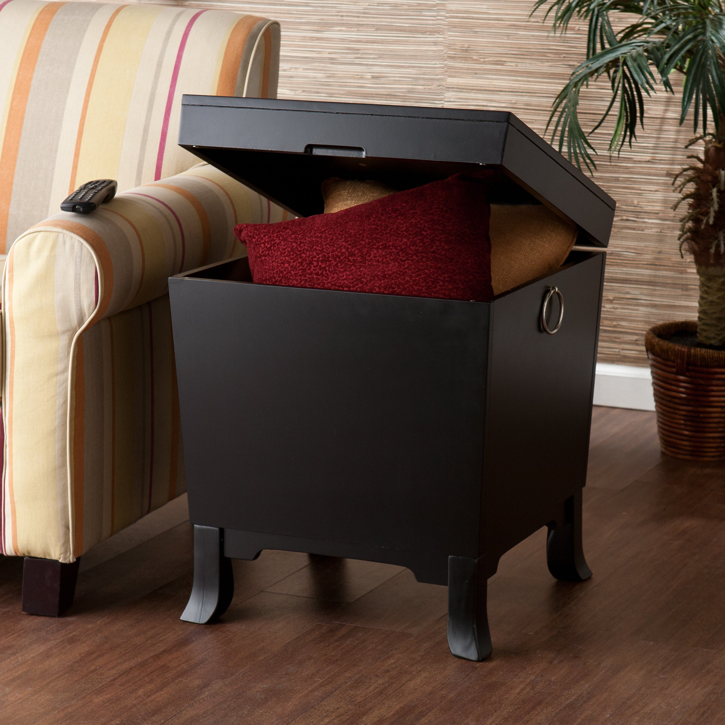 Harper Blvd Parsons Black End Table Trunk (OS5223)