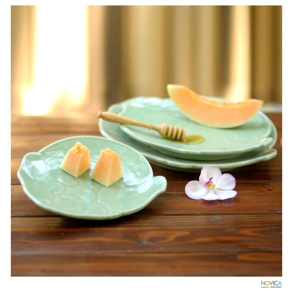 Handmade Set of 3 Celadon Ceramic 'Green Elephants' Plates (Thailand)