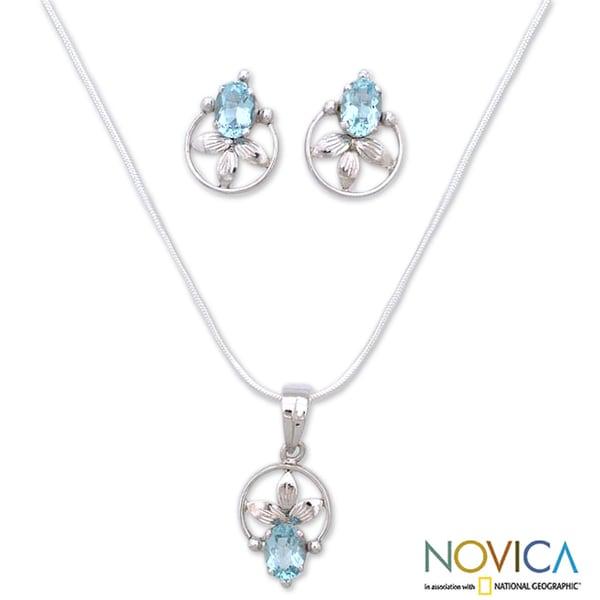Handmade Sterling Silver 'Shy Flower' Blue Topaz Jewelry Set (India)