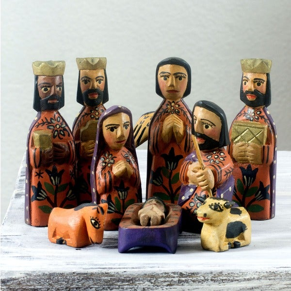 Angelical Christian Holiday Multicolor Hand Painted 10 Piece Carved Wood Religious Art Work Christmas Nativity Set (Guatemala)