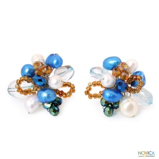 Handcrafted Pearl 'Blue Blossom' Quartz Earrings (6.5-7 mm) (Thailand)