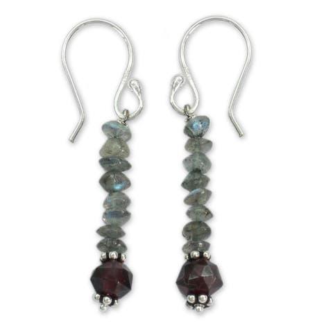 Handmade Sterling Silver 'Evening Mist' Labradorite and Garnet Earrings (India)