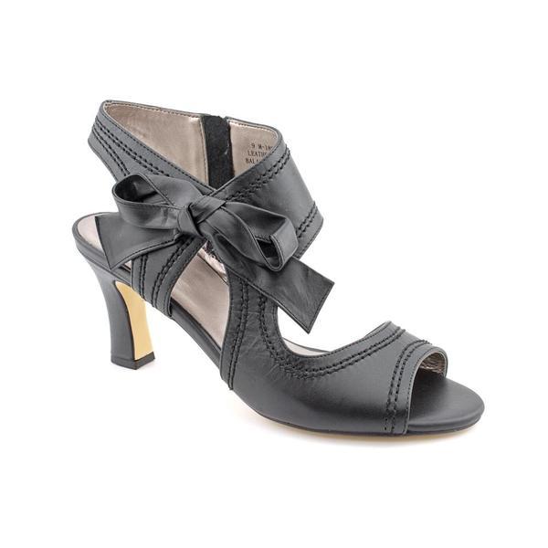 6d68478796a Shop Array Women s  Scarlet  Leather Dress Shoes - Wide (Size 10 ...