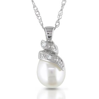 Miadora 14k White Gold Freshwater Pearl and Diamond Necklace (G-H, I1-I2)