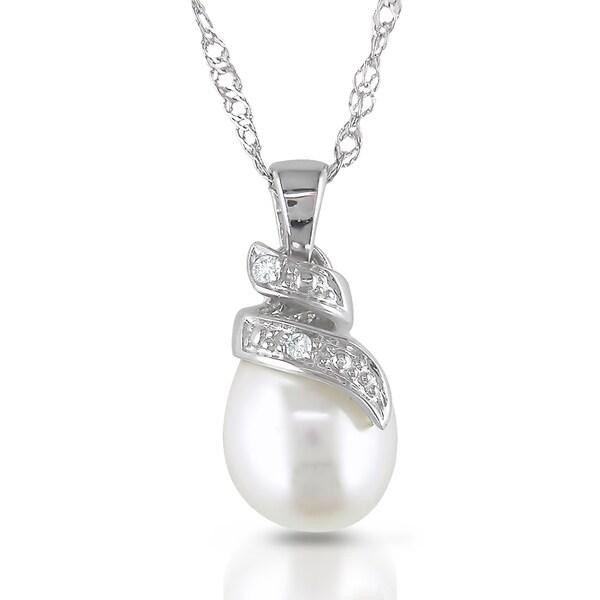 Miadora 14k White Gold Freshwater Pearl and Diamond Necklace (G-H, I1-I2)