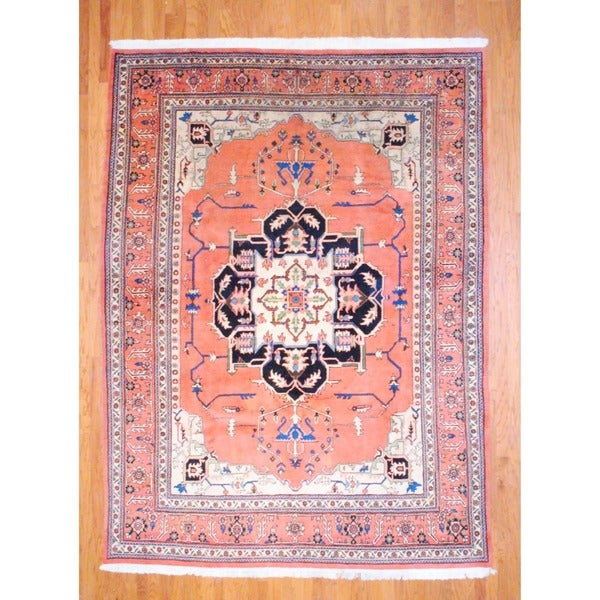 Persian Hand-knotted Heriz Peach/ Beige Wool Rug (8'6 x 11'5)
