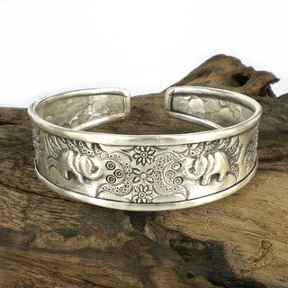 Sweet Elephant and Florals Thai Karen Silver Cuff (Thailand)