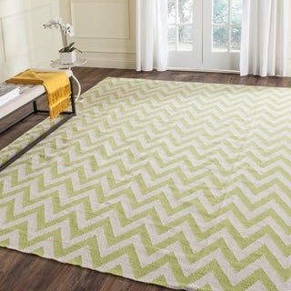 Safavieh Hand-Woven Chevron Reversible Dhurrie Blue Wool Rug (More options available)