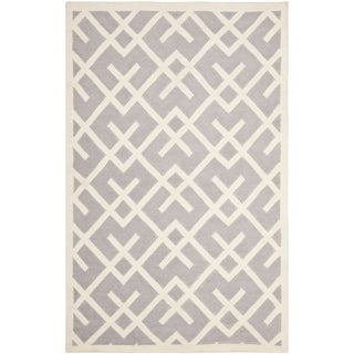 Safavieh Hand-woven Moroccan Reversible Dhurrie Grey Wool Rug (9' x 12')|https://ak1.ostkcdn.com/images/products/7511850/7511850/Safavieh-Hand-woven-Moroccan-Dhurrie-Grey-Wool-Rug-9-x-12-P14951964.jpeg?_ostk_perf_=percv&impolicy=medium