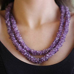 Handmade Amethyst 'Lovely Lilacs' Beaded Necklace (47 in) (India)