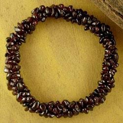 Garnet 'Crimson Muse' Stretch Bracelet (India)