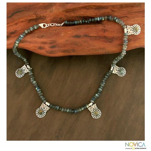 Sterling Silver 'Mystical Owls' Labradorite Necklace (India)