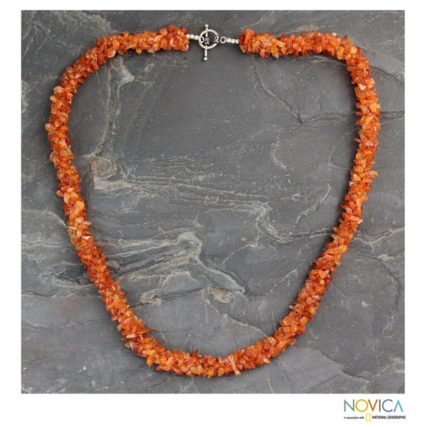 Handmade Sterling Silver 'Sunset Glow' Carnelian Necklace (India)