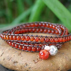 Silver 'Vibrant Hope' Carnelian and Pearl Bracelet (4 mm) (Thailand)