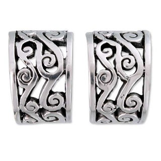 Handmade Sterling Silver 'Silver Clouds' Earrings (Mexico)